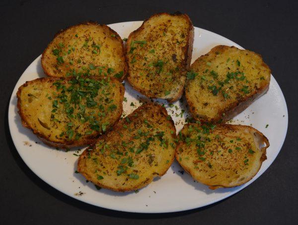 Garlic Bread with Olive Oil and Oregano